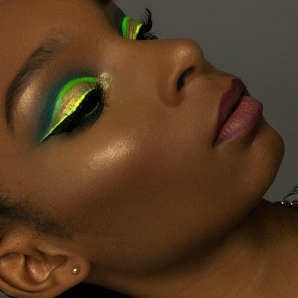 maquillage néon peau noire